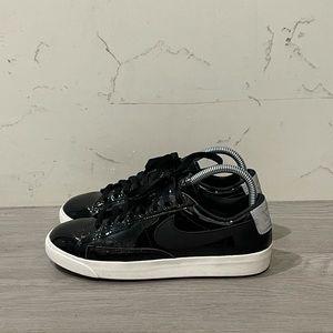 Nike Blazer Low SE Premium Shoe, Patent Leather